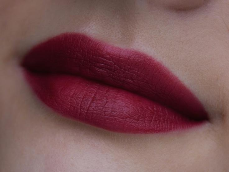 artdeco-dark-hibiscus-keshyoubeauty-01