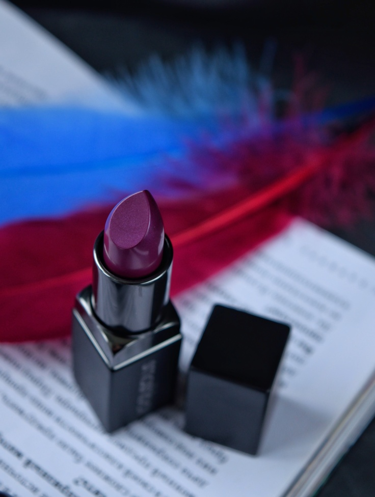smashbox-be-legendary-lipstick-vivid-violet-keshyoubeauty